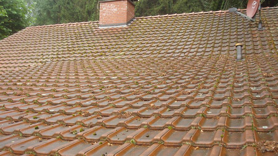 Chantier avant nettoyage toiture